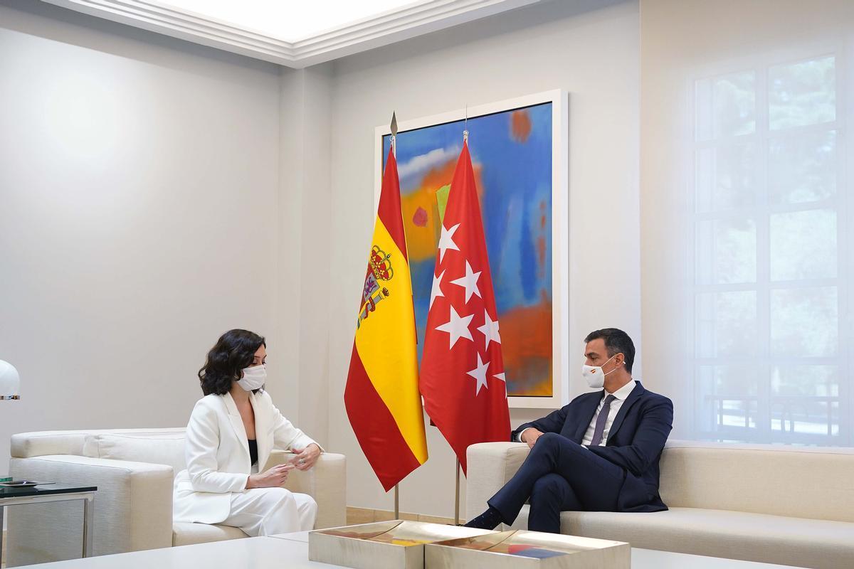 El presidente de distrito, Pedro Sánchez, se reunió esta mañana con Isabel Díaz Ayuso, presidenta de la Comunidad de Madrid, en el Palacio de la Moncloa.