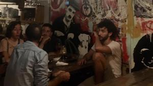 The Hideout Bar: un refugio de puertas abiertas en Barcelona