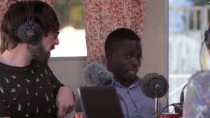 Un jornalero de Mali, en 'Radio Gaga' (#0).