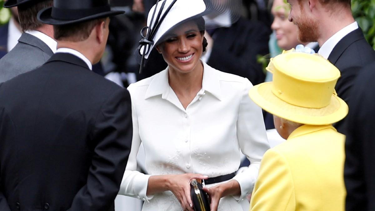 Meghan Markle, con el príncipe Harry y la reina Isabel, en Ascott, en junio de 2018.