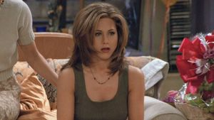 Jennifer Aniston confiesa que birló ropa de 'Friends' y que aún se la pone