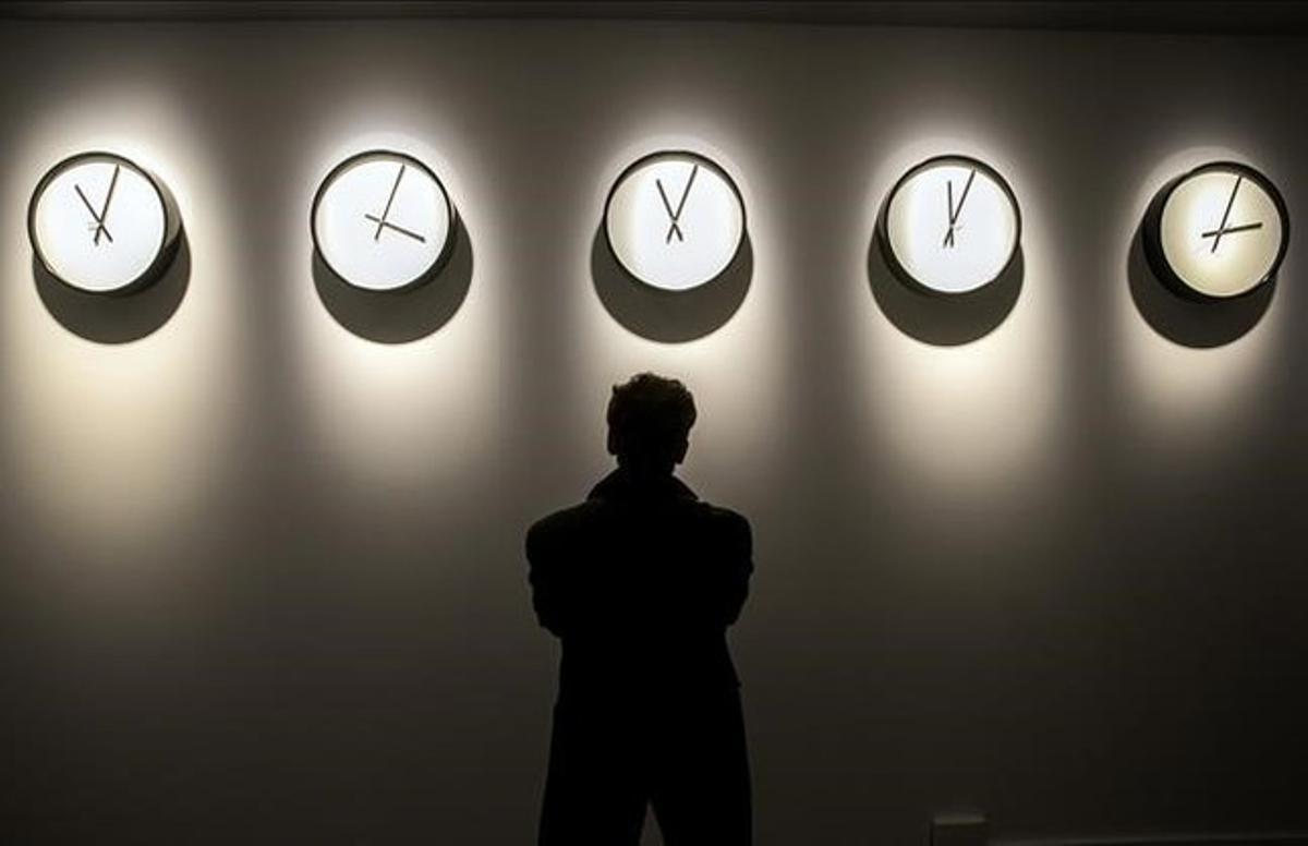 'Timepieces (Solar system)', de Katie Paterson, una de las obras que se pueden ver en la exposición 'Real Time'.