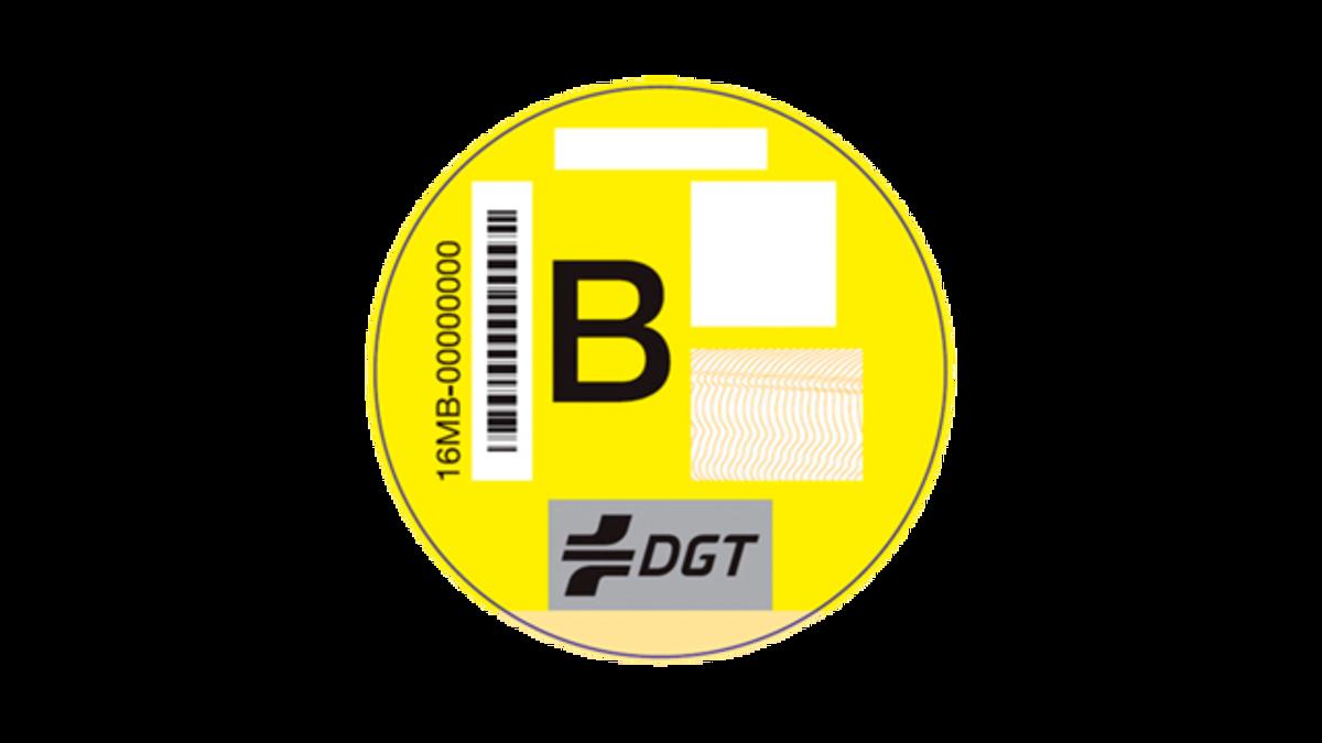 Etiqueta amarilla de la DGT.