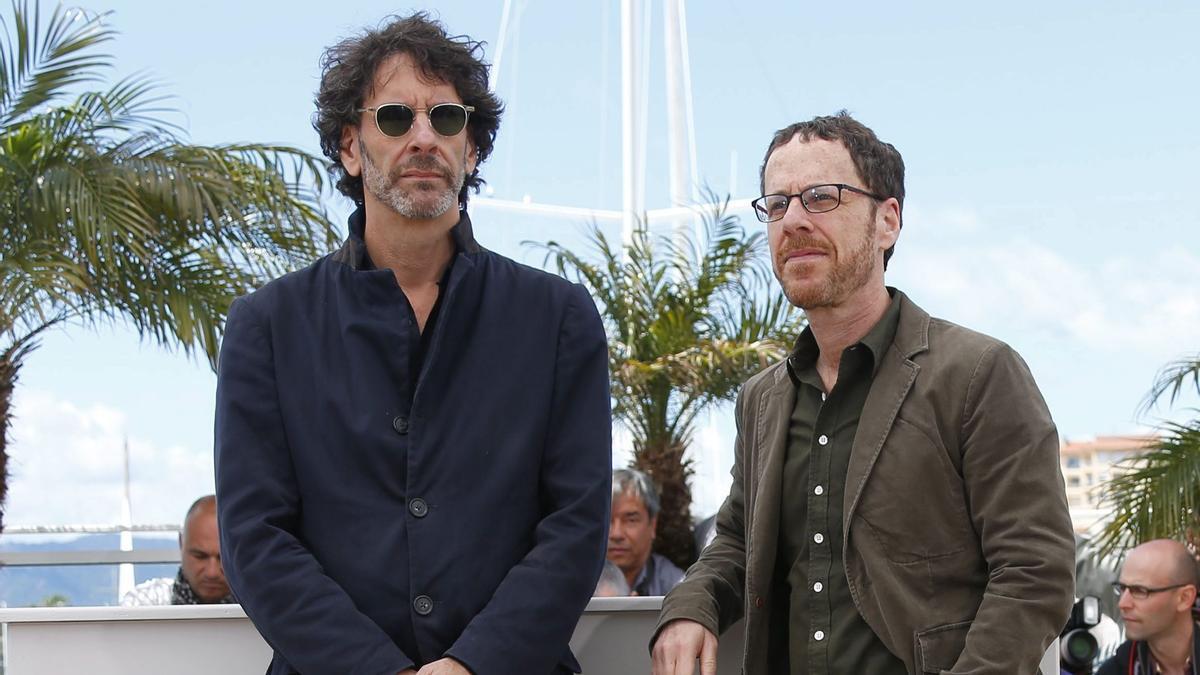 Joel (izquierda) y Ethan Coen, en Cannes, en 2013, cuando ejercieron la presidencia del jurado del festival.