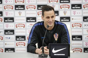 SPB. St. Petersburg (Russian Federation), 13/06/2018.- Croatia's Nikola Kalinic attends a press conference of the Croatian national soccer team at the Roschino Arena, outside St. Petersburg, Russia, 13 June 2018. Croatia prepares for the FIFA World Cup 2018, that will take place in Russia from 14 June to 15 July 2018. (Croacia, Mundial de Fútbol, San Petersburgo, Rusia) EFE/EPA/ANATOLY MALTSEV