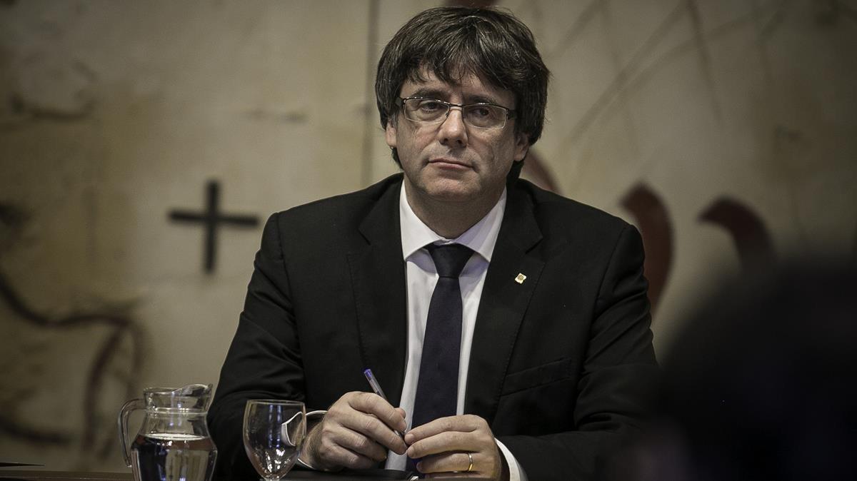 Carles Puigdemontduranteuna reunión de Govern.