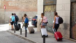 Solo el 3,5% de los vecinos consideran un problema a los pisos turísticos