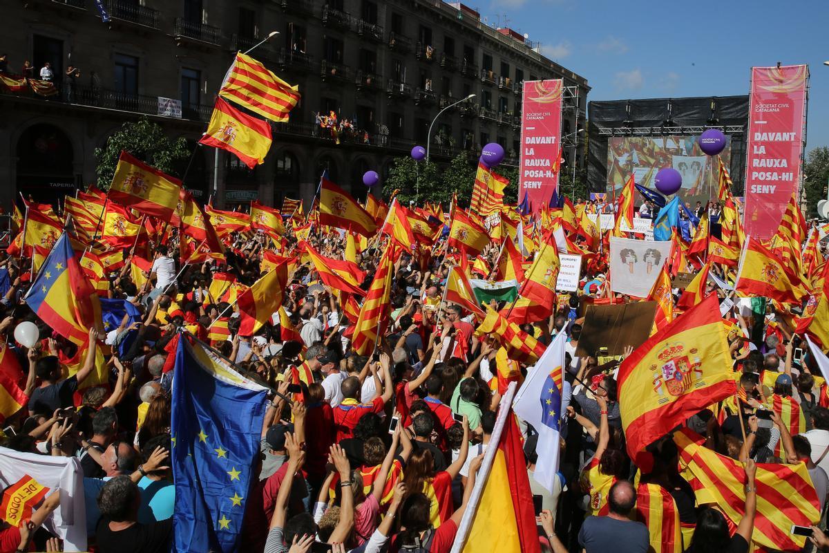 Manifestación a favor de la unidad de España.