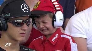 Val, el niño belga que lloró con el abandono de Raikkonen.