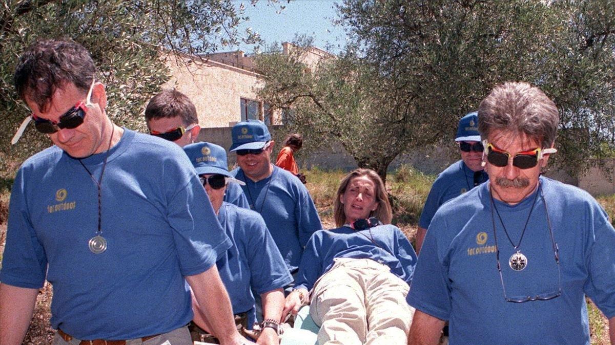 Ejecutivos participando en jornadas al aire libre, en Albons (Girona).