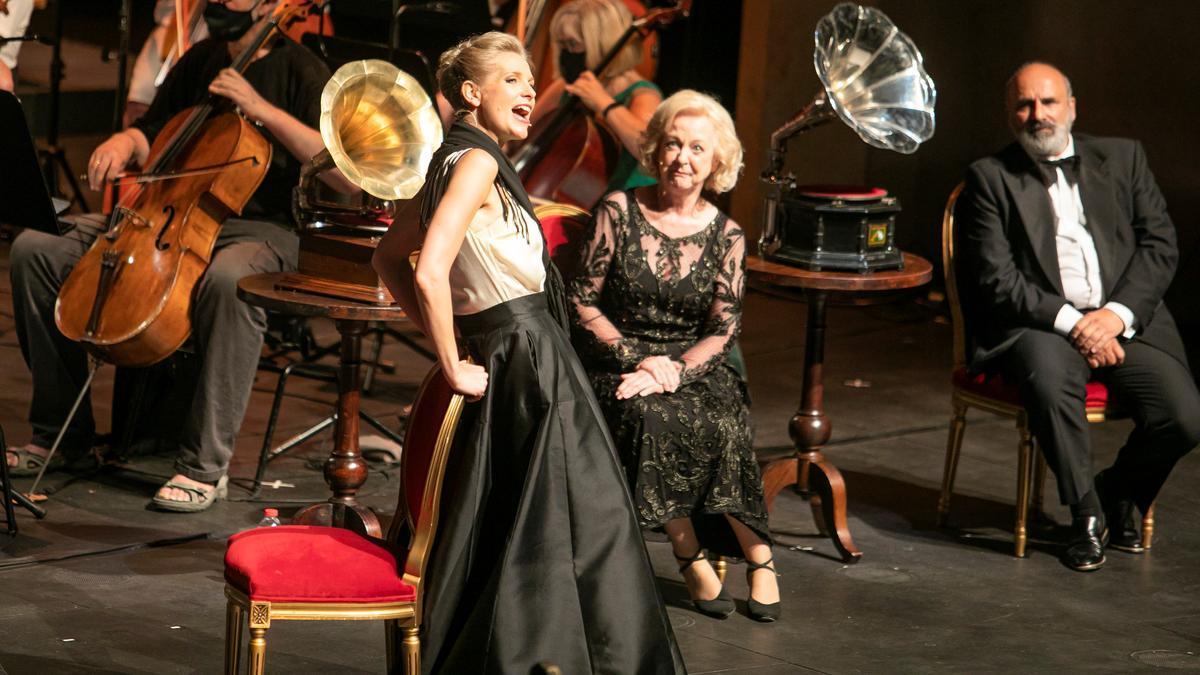 Un momento de la representacion de 'My fair lady' en el Liceu