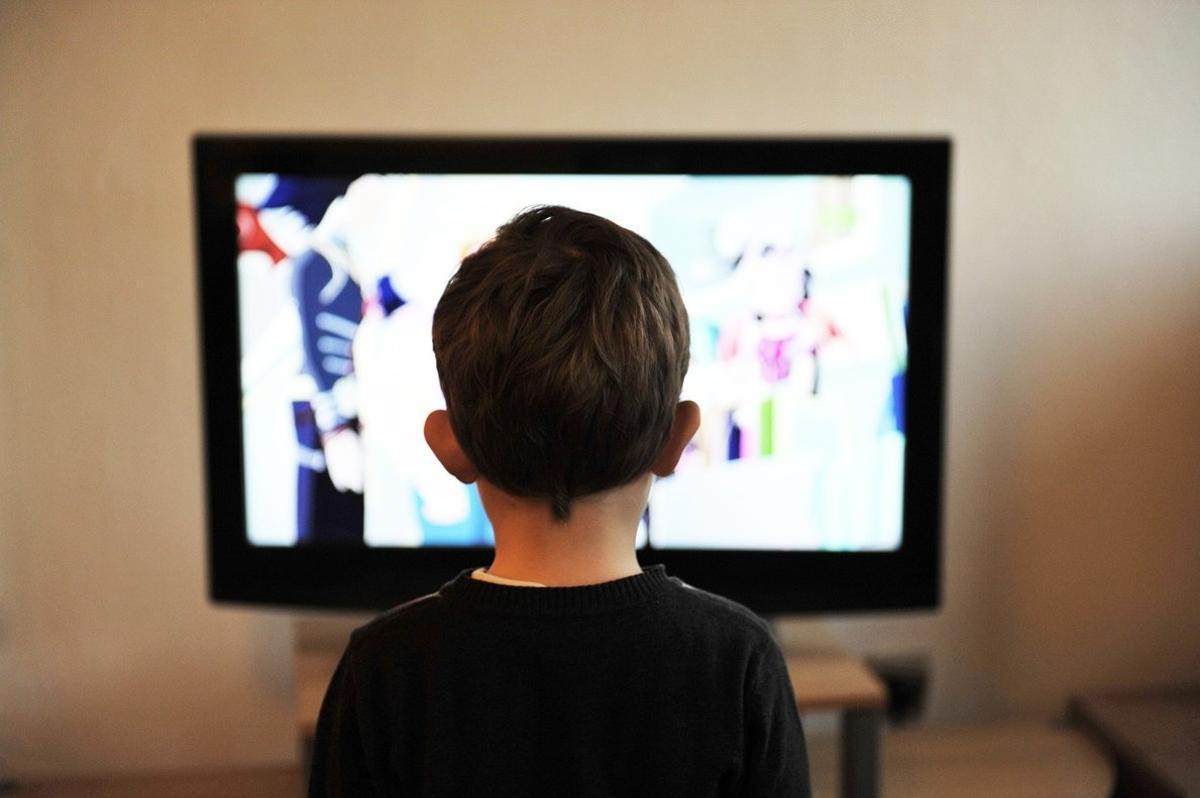 El confinamiento convierte a la televisión y las plataformas online en el ocio estrella