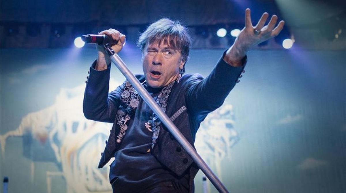 Bruce Dickinson, en un concierto de Iron Maiden en Barcelona, en el 2014.