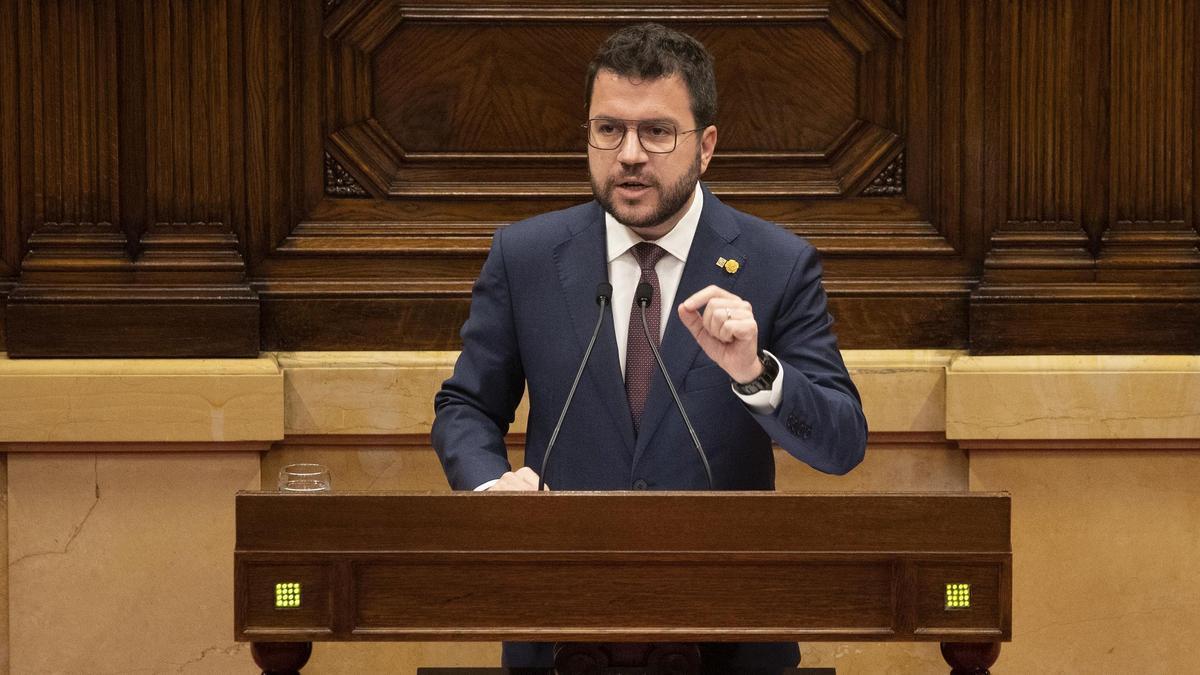 Aragonès lanza avisos a Junts y a Sánchez para blindar la mesa de diálogo
