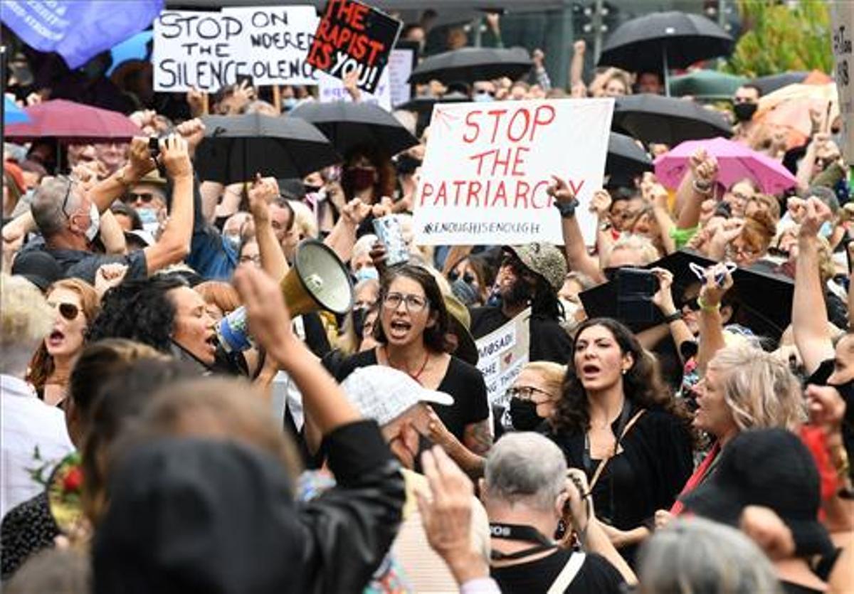 Miles de australianas se manifiestan contra la violencia de género