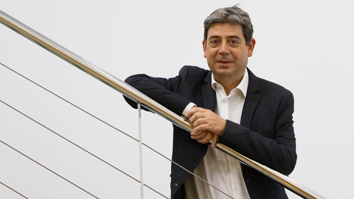 21 04 21 - Sabadell - presidente ejecutivo de Fluidra  Eloi Planes - Foto en las oficinas de Sabadell - Foto Anna Mas