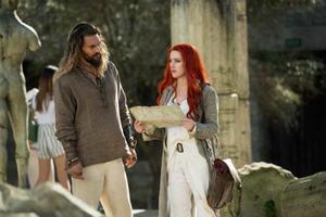 Jason Momoa y Amber Heard, Aquaman y Meraen el filme.