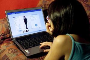Un accés a una pàgina web de venda d'articles de moda.
