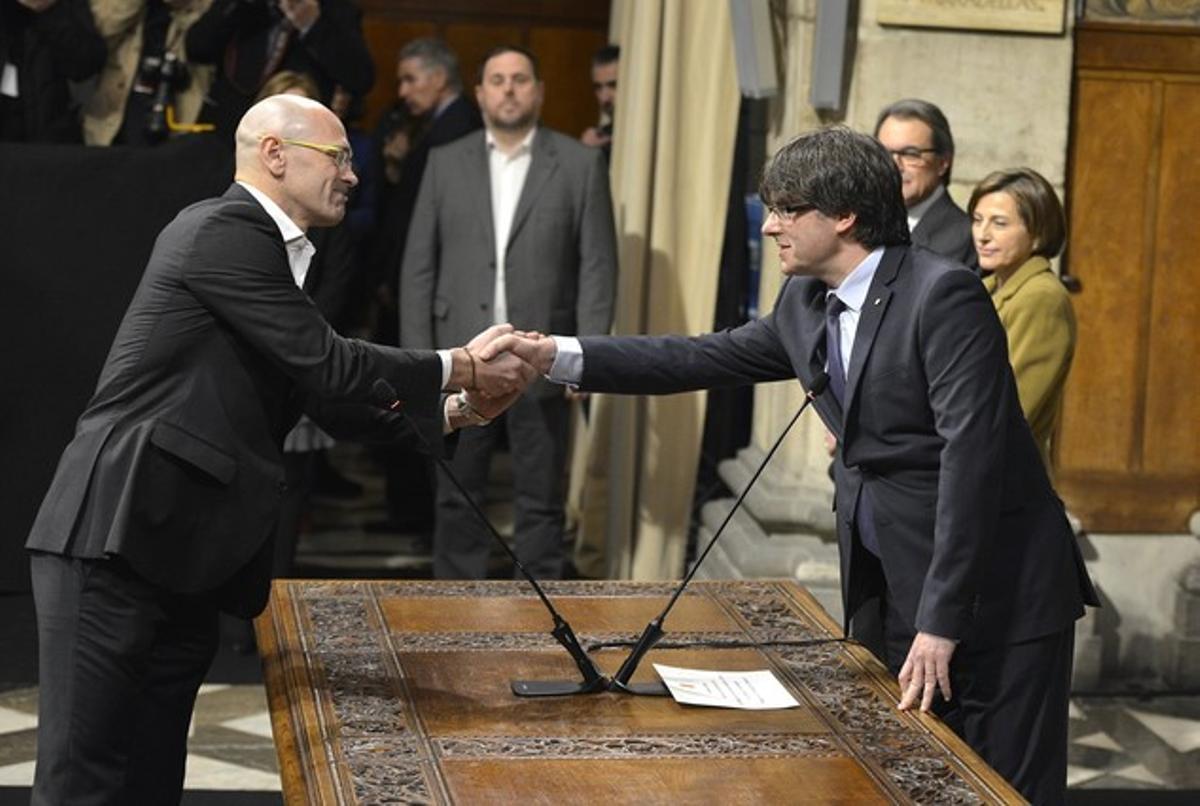 El 'conseller' de Afers Exteriors, Raül Romeva, toma posesión del cargo.