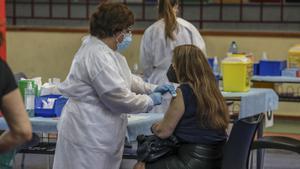 """La OMS alerta de la lentitud """"inaceptable"""" de la vacunación anticovid en Europa"""