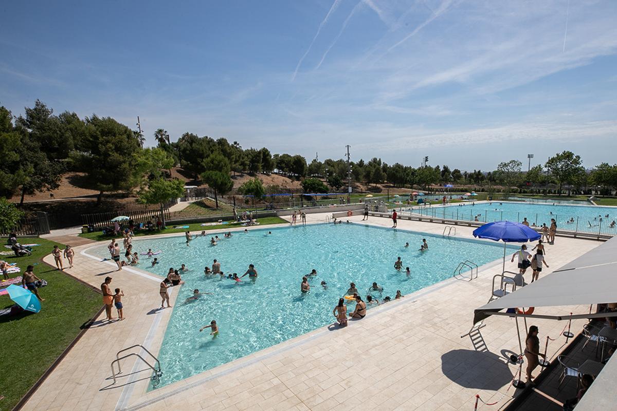 Sant Boi obre al públic les noves piscines de la Muntanyeta