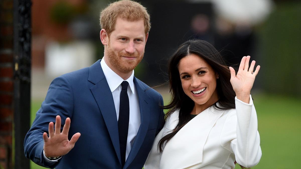 El príncipe Enrique y Meghan Markle, el día que anunciaron su compromiso, el 27 de noviembre del 2017, en el Palacio de Kesington.