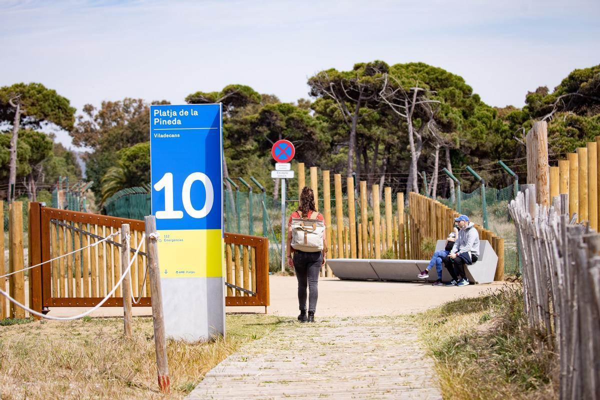 Los nuevos accesos a la playa de Viladecans