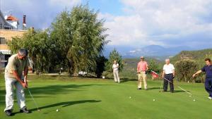 Golf: Una tornada descafeïnada al 'green'