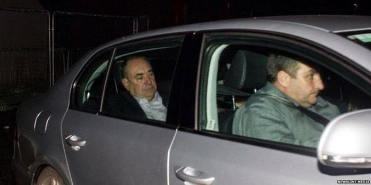 El primer ministro escocés, Alex Salmond, esta madrugada.