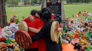 Commoció al Canadà per la troballa de 751 tombes indígenes d'un antic orfenat de l'Església