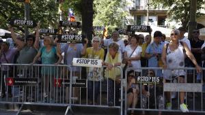Concentración delante de la Diputació de Barcelona.
