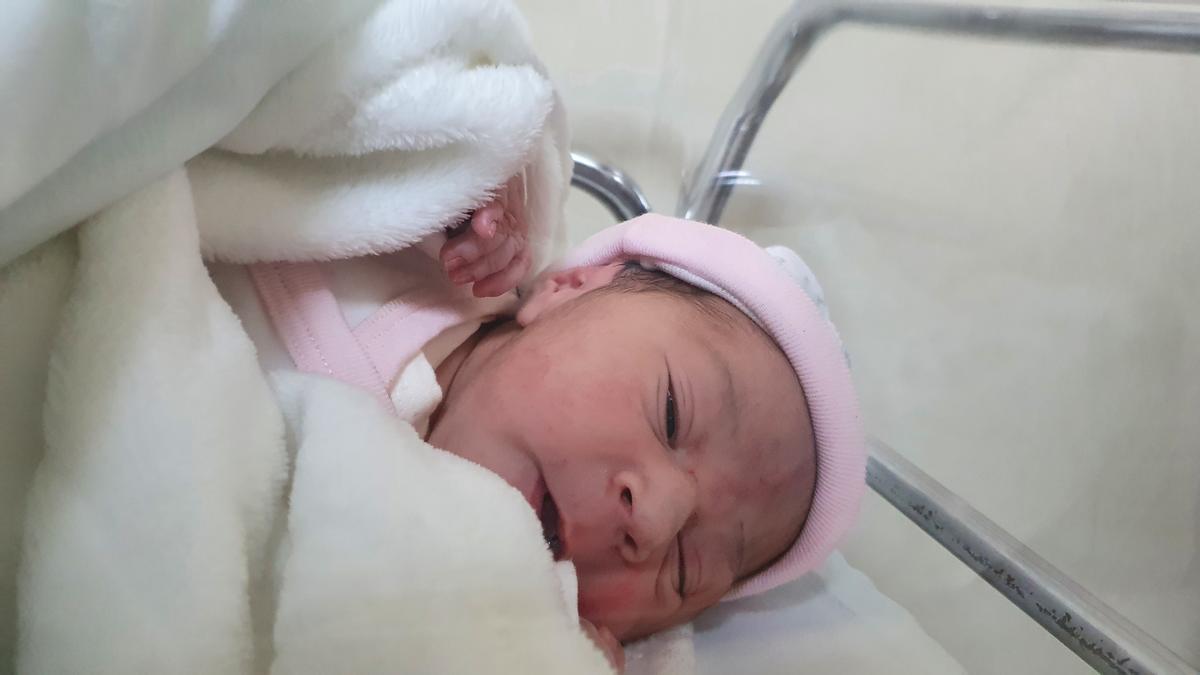 Yinara, nacida en Constantí, es el primer bebé catalán del 2021.