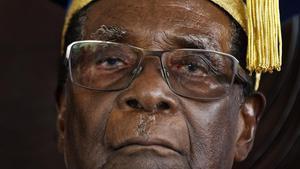 Mugabe reapareix per recolzar el candidat de l'oposició a Zimbàbue