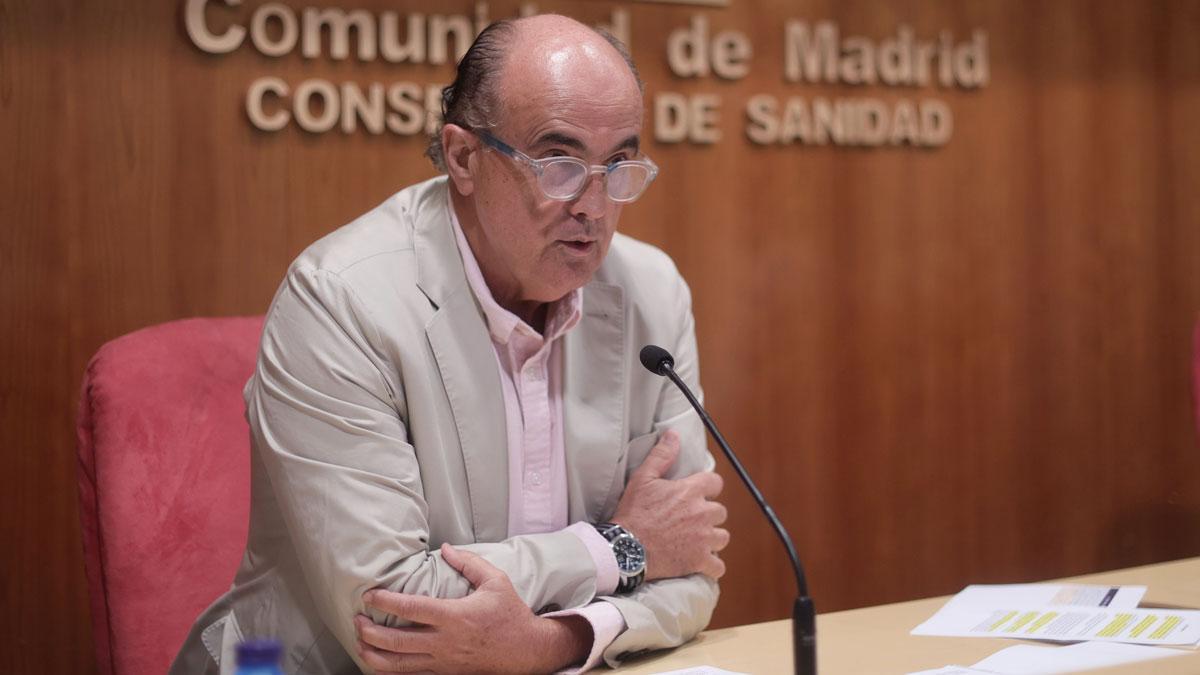 Madrid adelanta la segunda dosis de AstraZeneca a los mayores de 60 por las nuevas cepas. En la foto, Antonio Zapatero, viceconsejero de Salud Pública y Plan COVID-19 de Madrid.