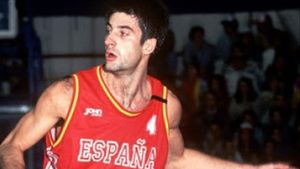 Jordi Villacampa durante un partido con la selección española.