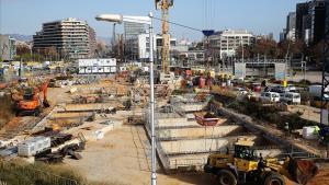 Obras en la Plaza de Glories en Barcelona.