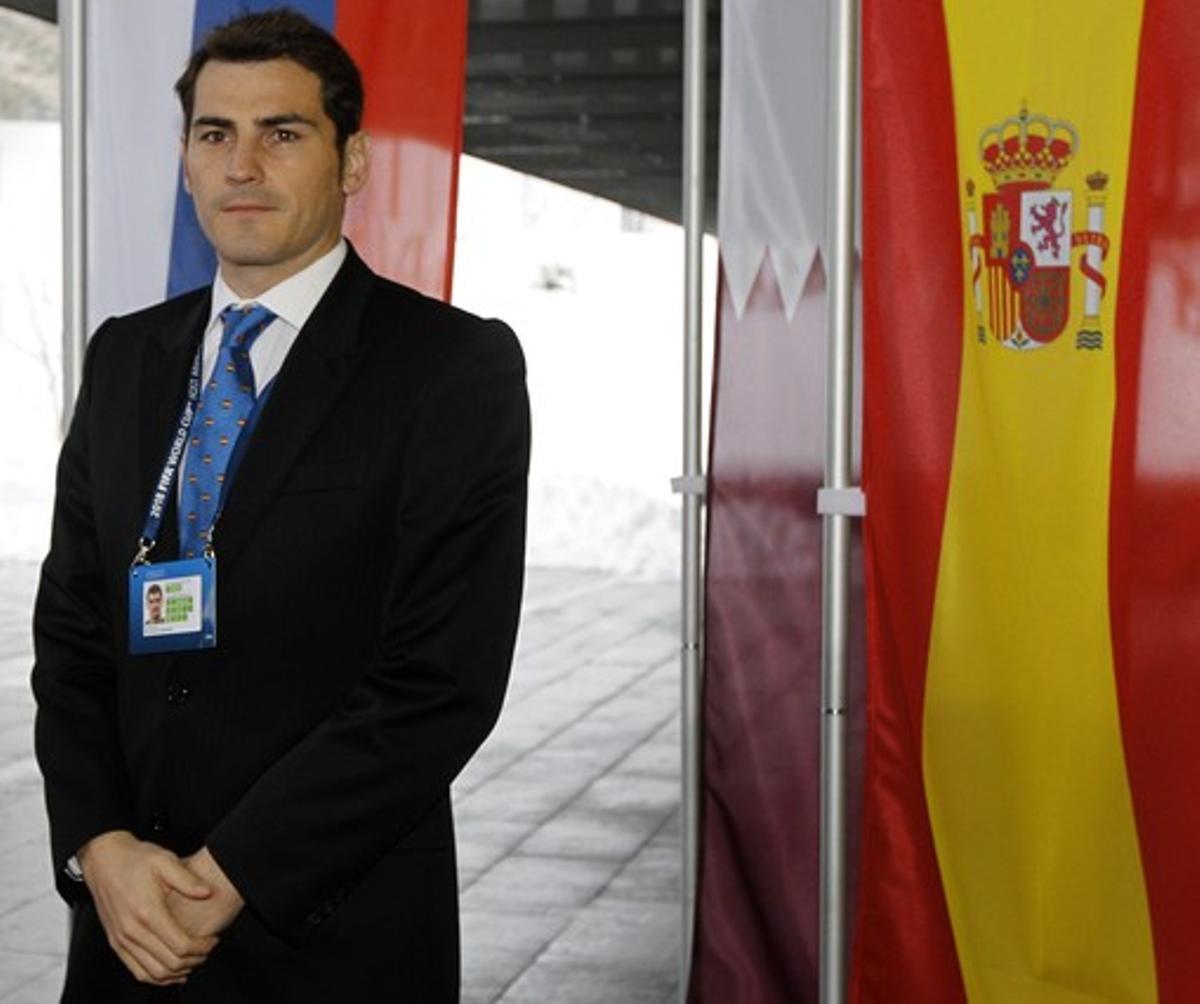 Iker Casillas, a su llegada a la ceremonia de presentación de las candidaturas al Mundial de fútbol del 2018, hoy, en Zúrich.