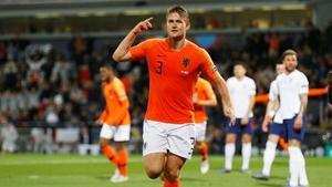 El defensa holandés Matthijs de Ligt celebra su gol ante Inglaterra durante el encuentro con su selección del 6 de junio del 2019 en Portugal.