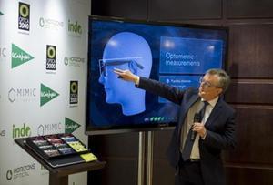 LENTES PERSONALIZADAS.El director de innovación de Horizons Optical, Juan Carlos Dürsteler, en la presentación del producto.