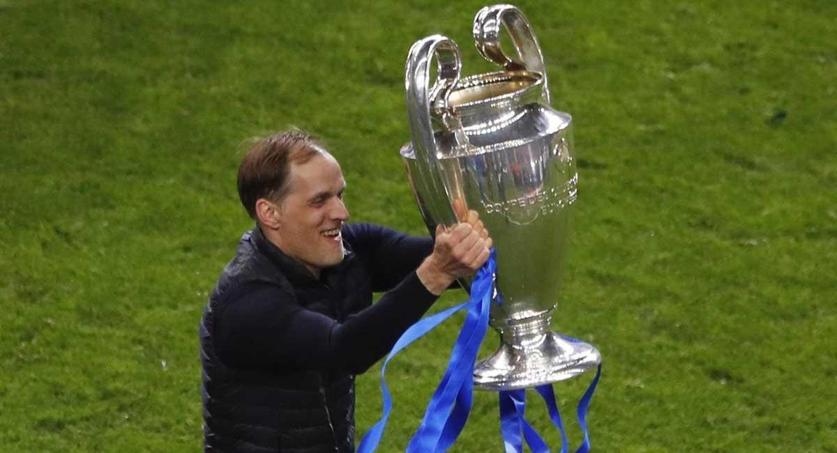 Tuchel, con el trofeo de la Liga de Campeones.