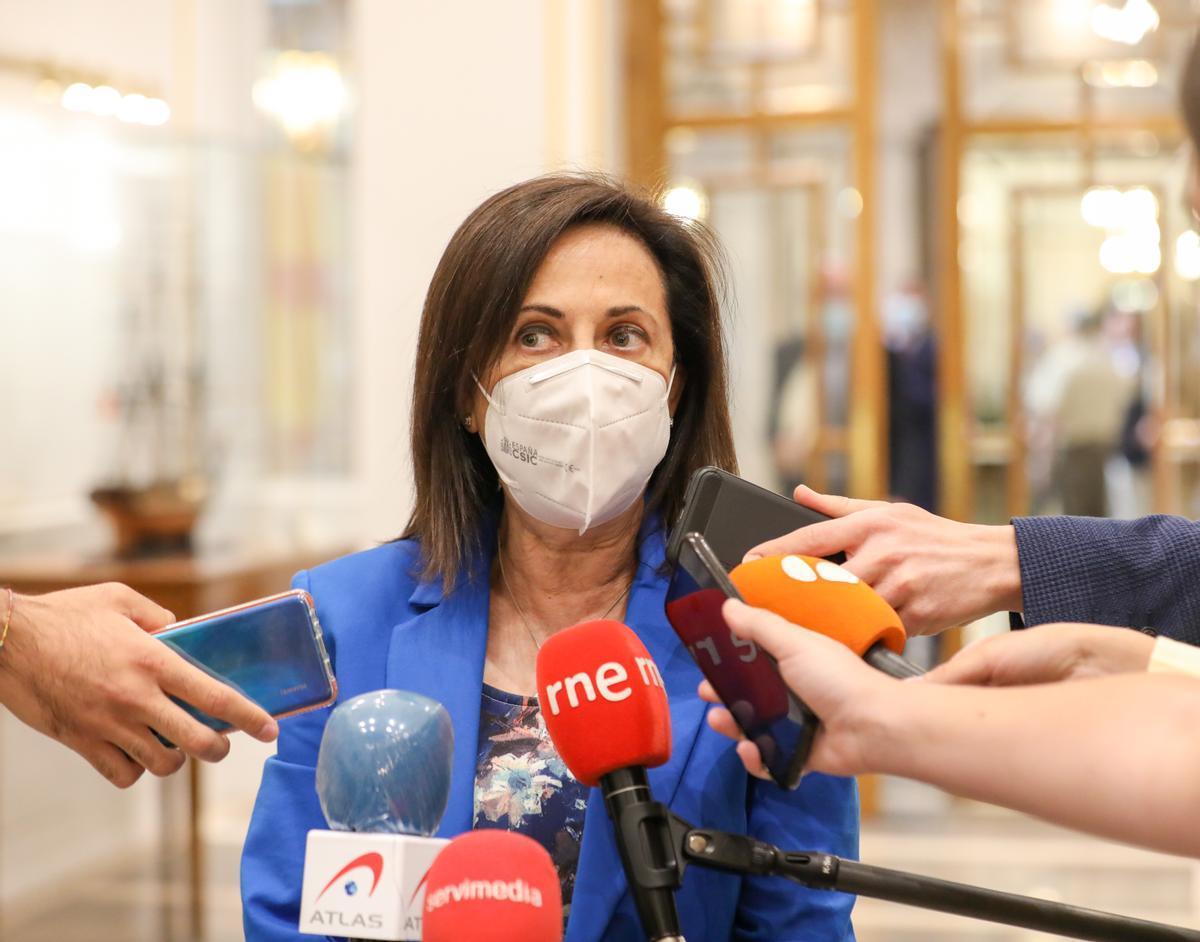La ministra de Defensa, Margarita Robles, tras el acto de homenaje a las víctimas del covid-19 en el Palacio Real de Madrid, este 15 de julio.