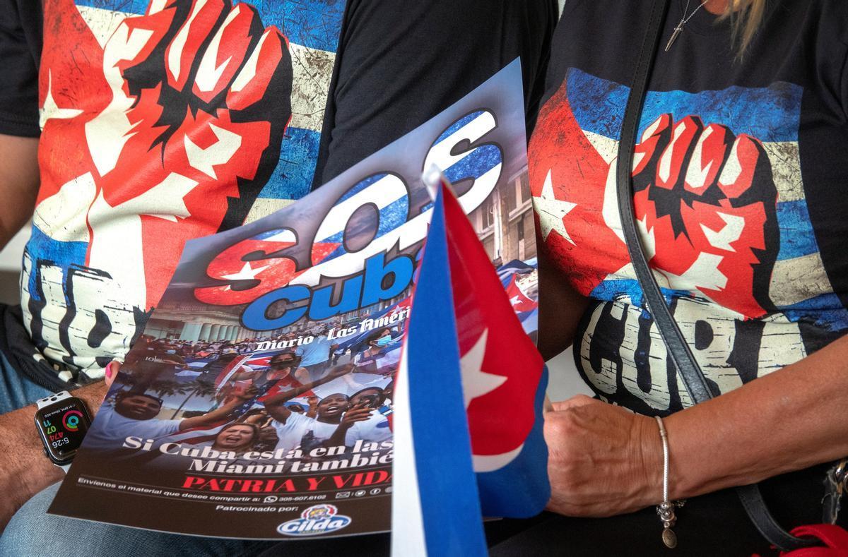 Exiliados cubanos en Miami durante la manifestación.