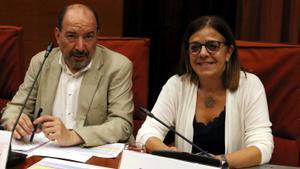 Vicent Sanchis, director de TV-3, y Núria Llorach, presidenta de la CCMA.