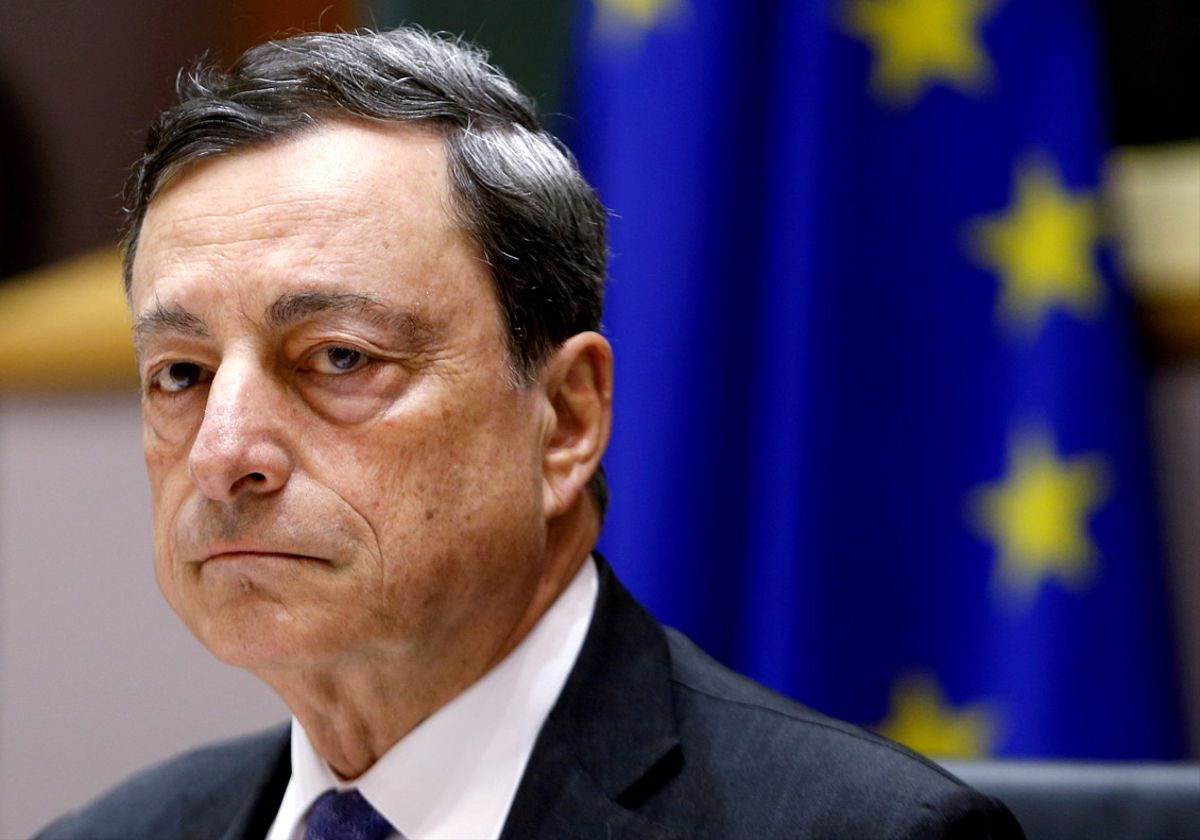 European Central Bank (ECB) President Mario Draghi waits to address the European Parliament's Economic and Monetary Affairs Committee in Brussels, Belgium, June 21, 2016.    REUTERS/Francois Lenoir/File Photo