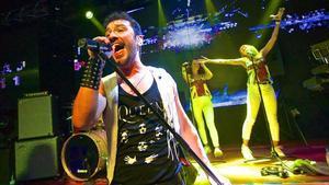 Momo Cortés y su grupo recrean con su propio estilolos temas de Queen.