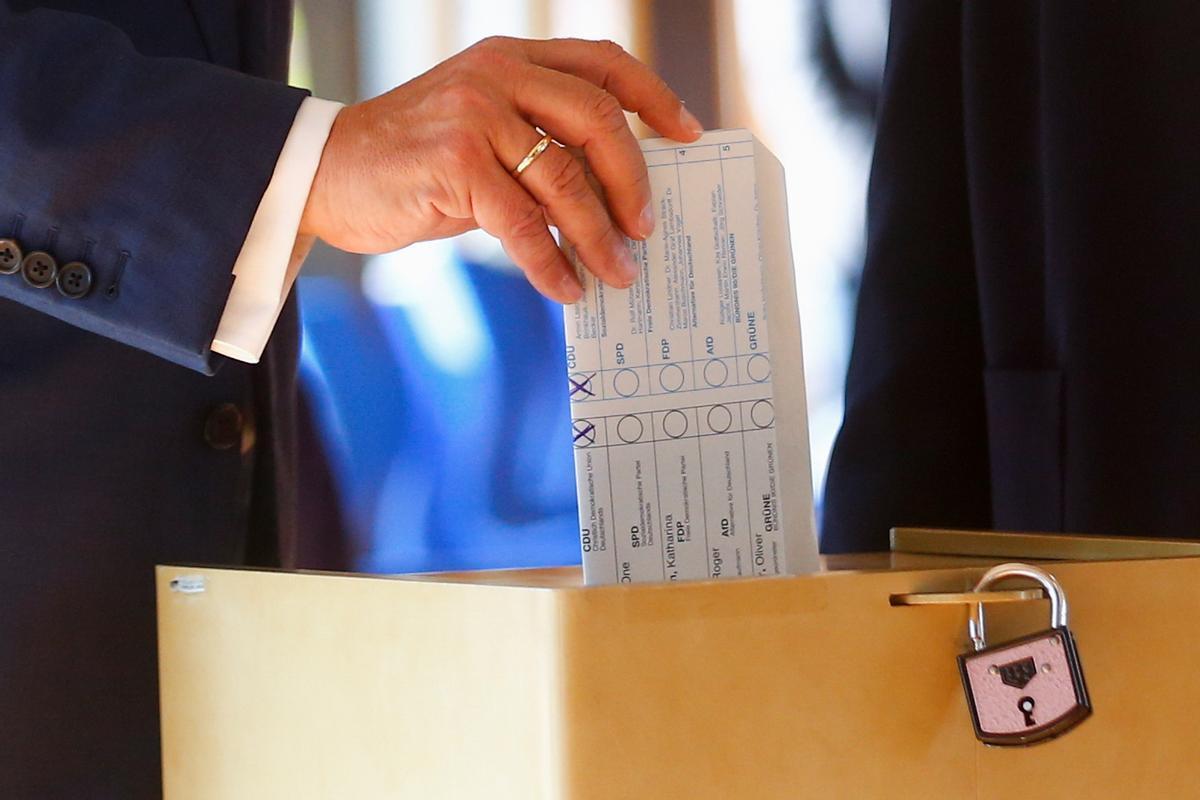 El voto al revés de Armin Laschet.