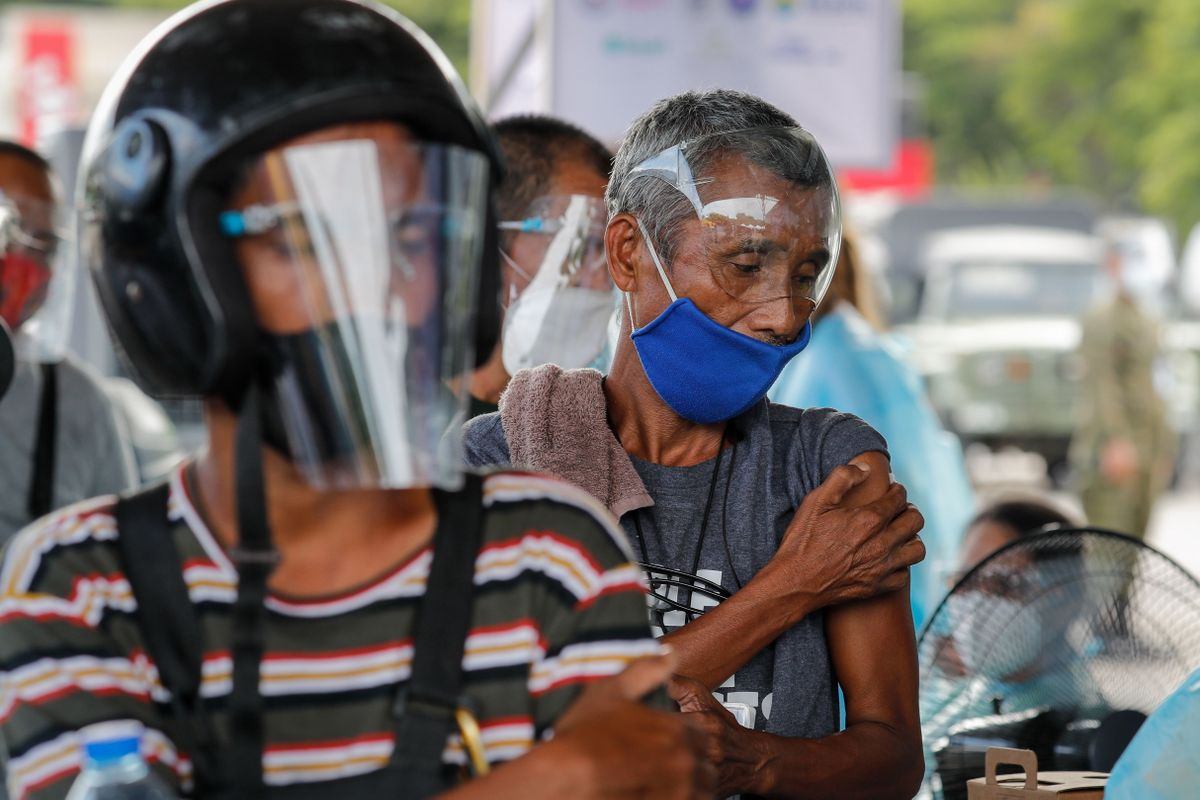 Un puesto de vacunación en Manila, la capital de Filipinas.