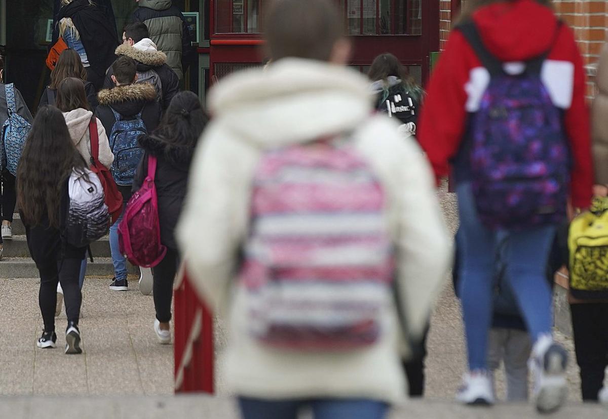 El brote de coronavirus, originado en la ciudad china de Wuhan, ha dejado hasta ahora más de 118.000 casos confirmados a nivel mundial.
