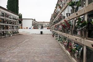 Parets finalitza la pavimentació i adequació del cementiri municipal de cara a Tots Sants