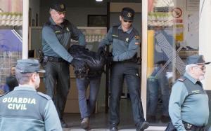 El asesino confeso de la profesora Laura Luelmo, trasladado desde la Comandancia de la Guardia Civil de Huelva, este miércoles.